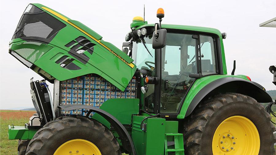 John Deere's Sesam tractor