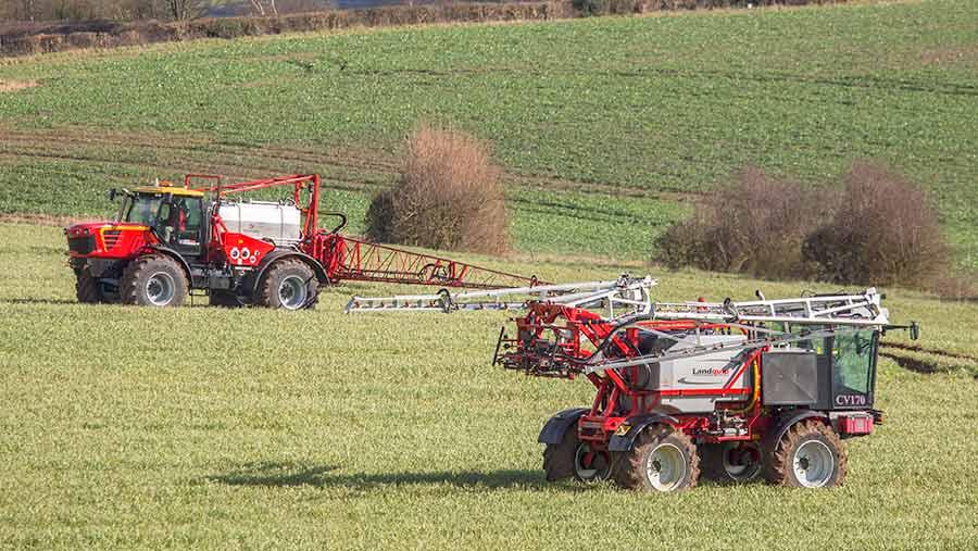 Self-propelled sprayers in a field