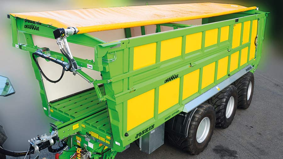 Joskin Telecover fits push-off and tipping trailers with monocoque bodies and does not need to be rolled up when the load is discharged.