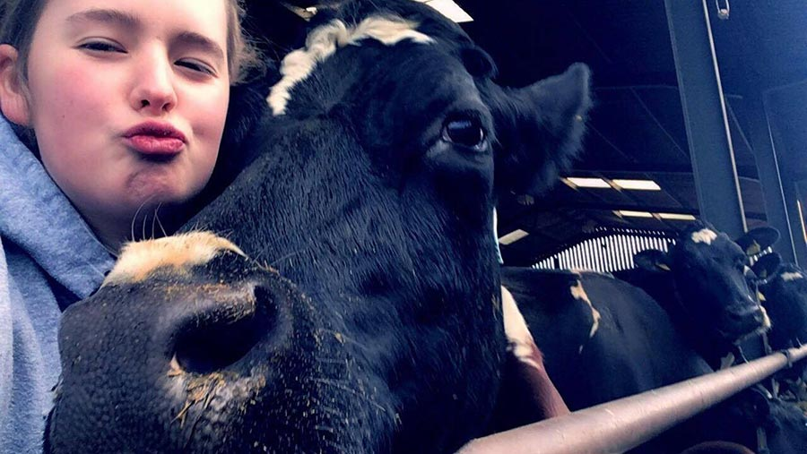 Emma Johnson selfie