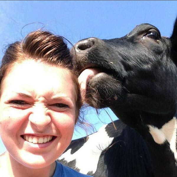 Hannah Davis selfie