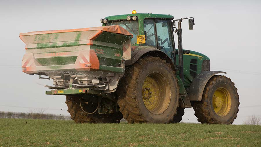 Apllying fertiliser to winter barley © Tim Scrivener