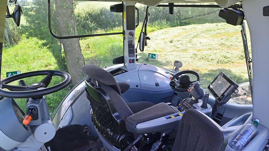 Valtra S394t double cab