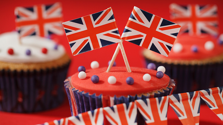 Fairy cakes with union flags