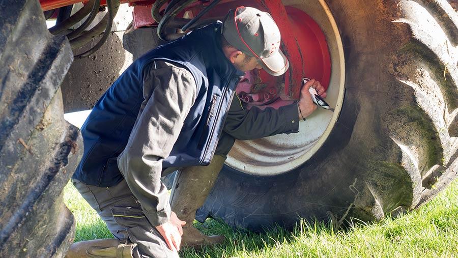 Check sprayer tyre pressures