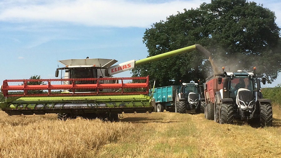 A combine being emptied