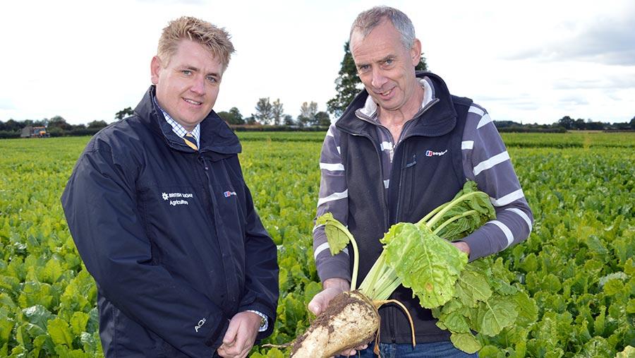 Nick Morris (left) with grower Nick Marshall © David Jones