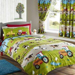 Farmyard duvet set © Becky and Lolo