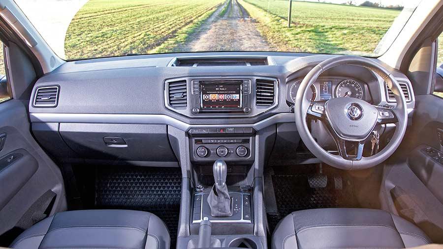 VW Amarok interior