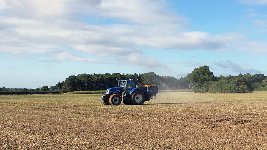Spreading fertiliser © Will Sargent
