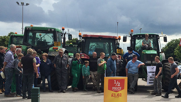 Farmer protests at Morrisons in Stoke-on-Trent
