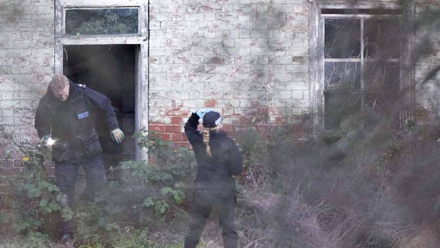 Police search Tony Martin's home in Norfolk © Rex/ Shutterstock
