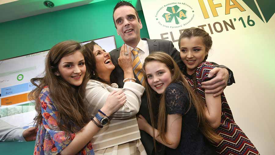 Joe Healy  with his wife Margaret and three daughters Kiara (13), Nicole (15) and Anna (11) © Finbarr O'Rourke