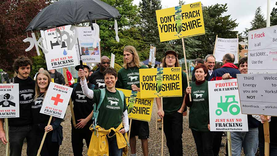 Hundreds of anti-fracking protestors from all over North Yorkshire gathered outside the County Hall ©Ian Hinchliffe/Rex/Shutterstock