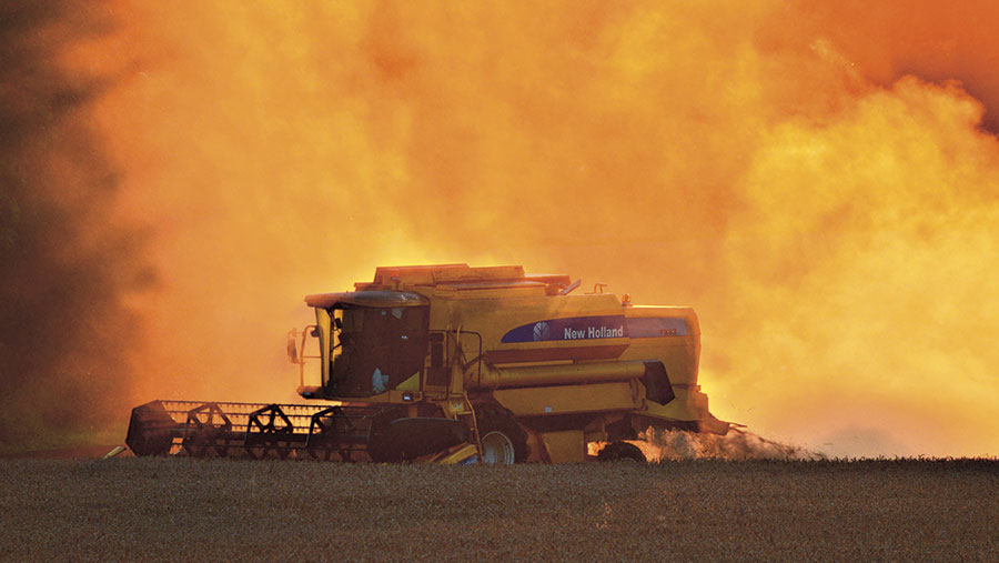 Combining wheat in North Warwickshire taken and posted by hross on the FWi Harvest 2017 gallery
