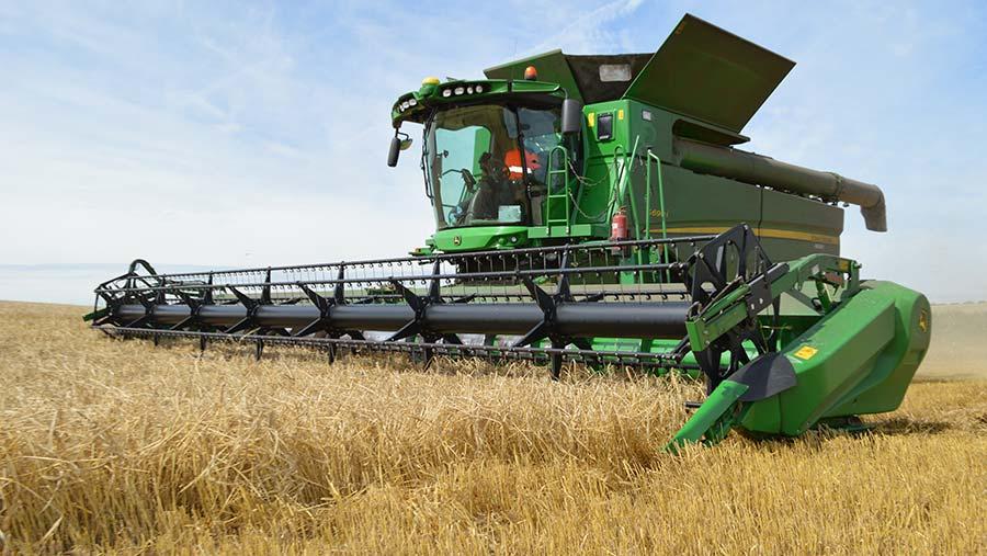 The spring barley harvest 2017 in Norfolk © David Jones/RBI