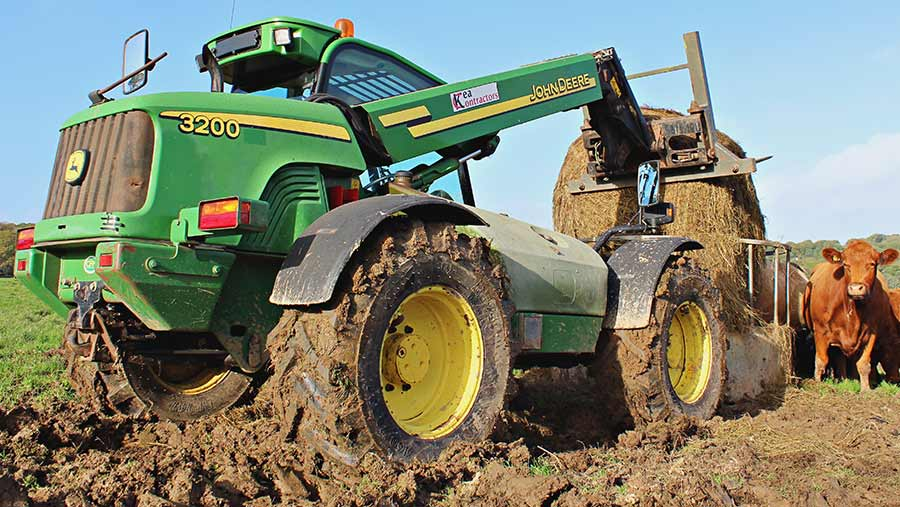 John Deere 3200 © James Andrews