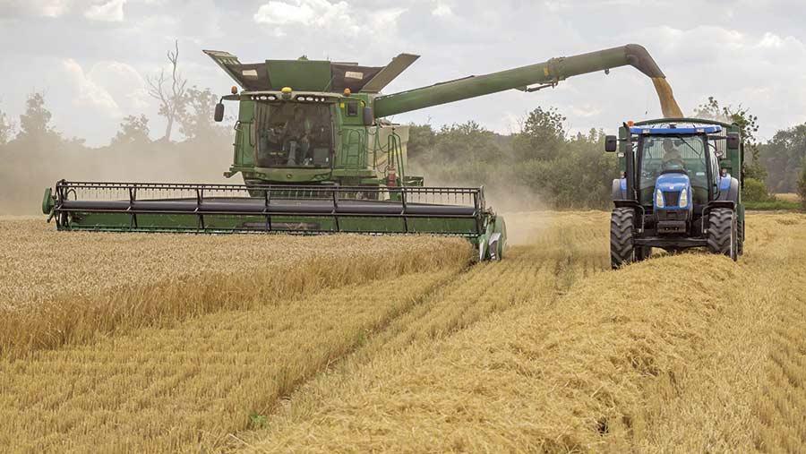 Barley harvest © Tim Scrivener