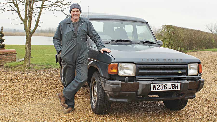 High Hour Horsepower Land Rover Discovery Hits 540 000 Miles Farmers Weekly