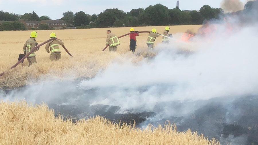 Crop fire at Berkyn Manor Farm in Horton, Berkshire