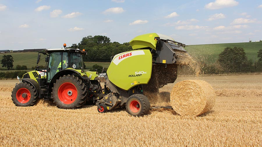 Claas Rollant 540RC releasing bale