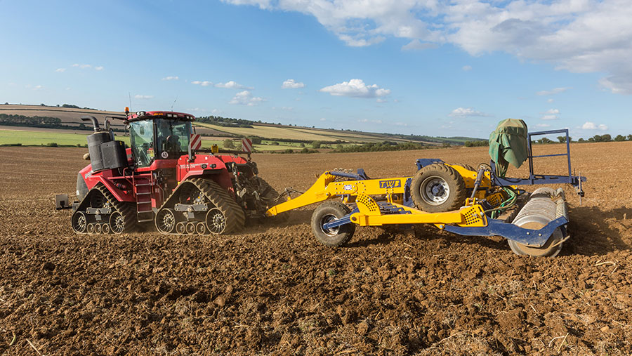 Cultivated soils can be as microbially-active as no-tilled ones © Tim Scrivener