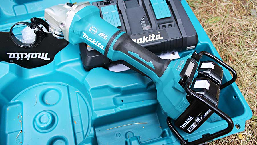 Makita 9in cordless angle grinder © James Andrews