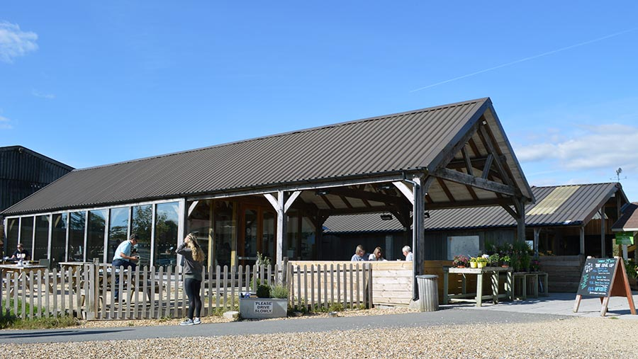 Hartley Farm Shop and Kitchen © David Jones/RBI