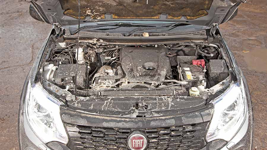 Fiat Fullback Cross engine
