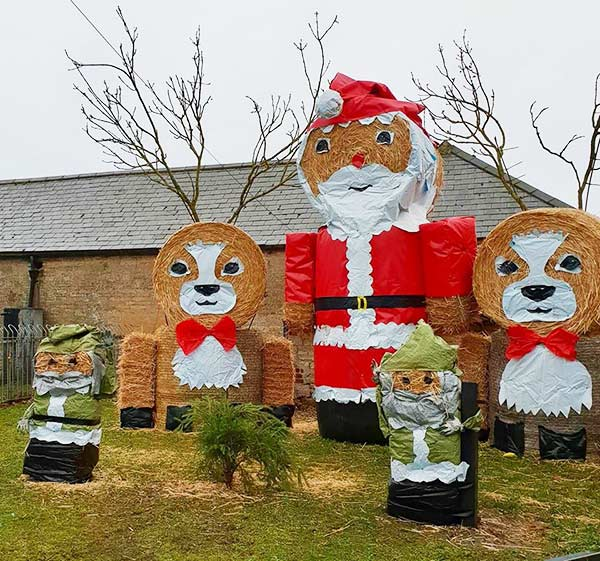 Christmas scene bale art