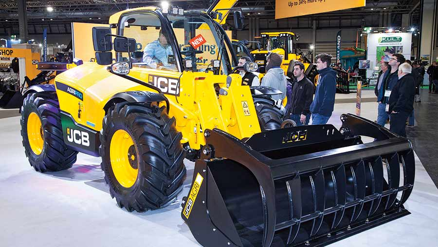 JCB AgriPro with new cab