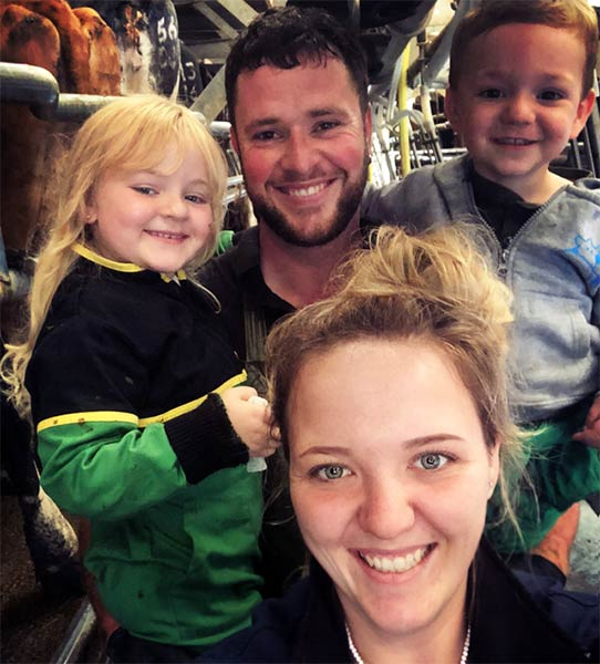 Jennifer Down with husband nathan and two children