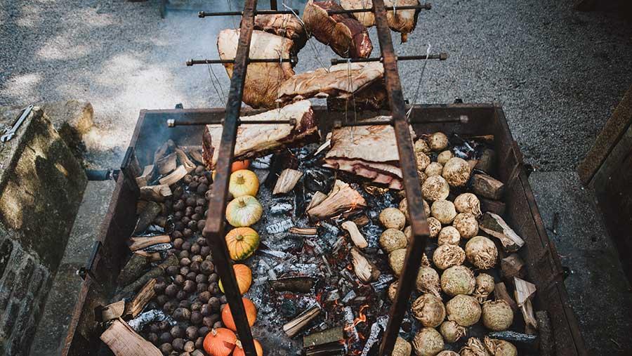 Nancarrow Farm feast © Ross Talling