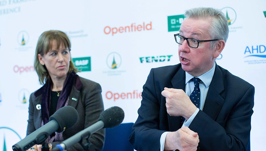 Minette Batters and Michael Gove at the Oxford Farming Conference © DAVID HARTLEY/REX/Shutterstock