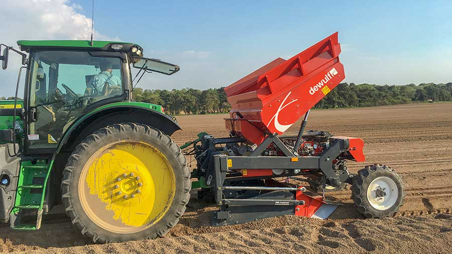 DeWulf three-row mounted belt planter