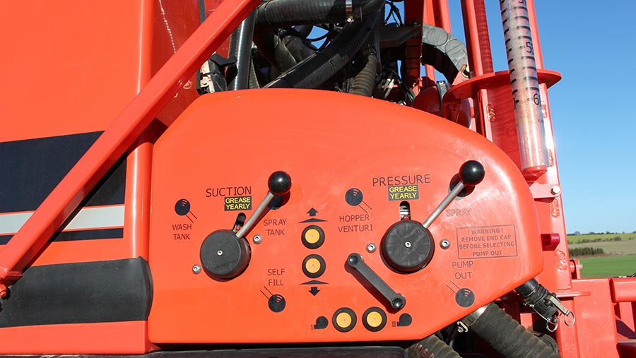 Sands Horizon sprayer controls