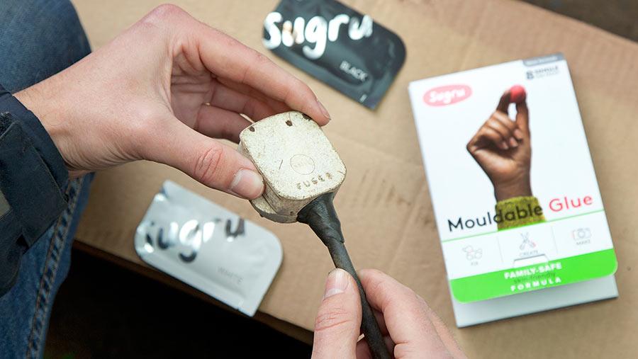 Sugru mouldable silicon glue