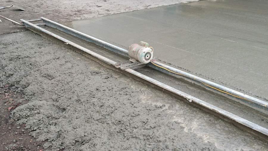 Mark Hicks' concrete screed vibrator