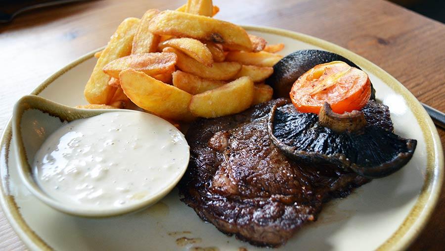 St David's Kitchen steak © David Jones/RBI