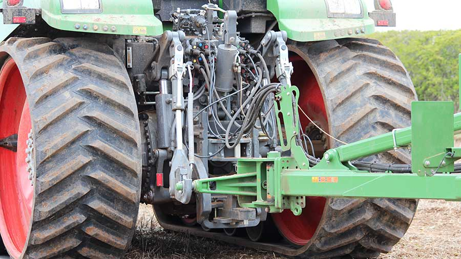 Fendt-900MT back end