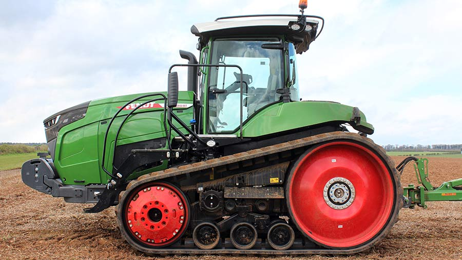 Fendt-900MT side view
