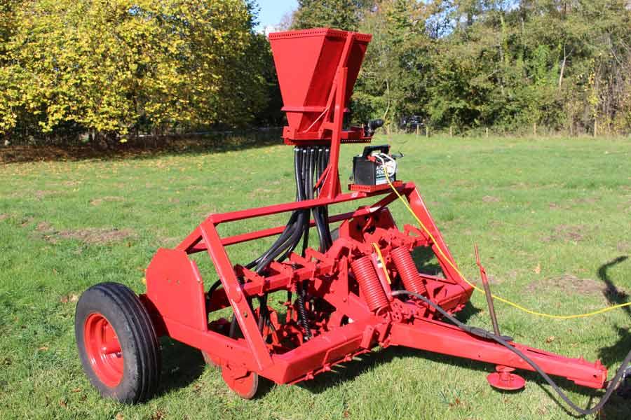 Richard Warren's grassland drill