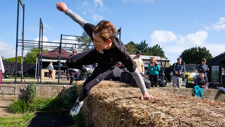 Rhian Pierce vblots a bale on her way to completing the first challenge © Colin Miller/RBI
