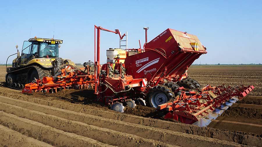 Grimme-potato-planter-