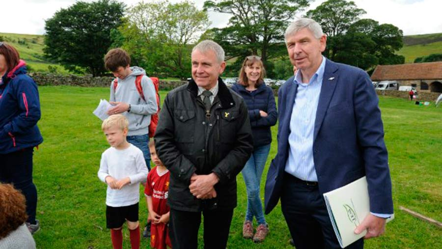 Robert Goodwill (centre) visited an Open Farm Sunday event in North Yorkshire © Defra