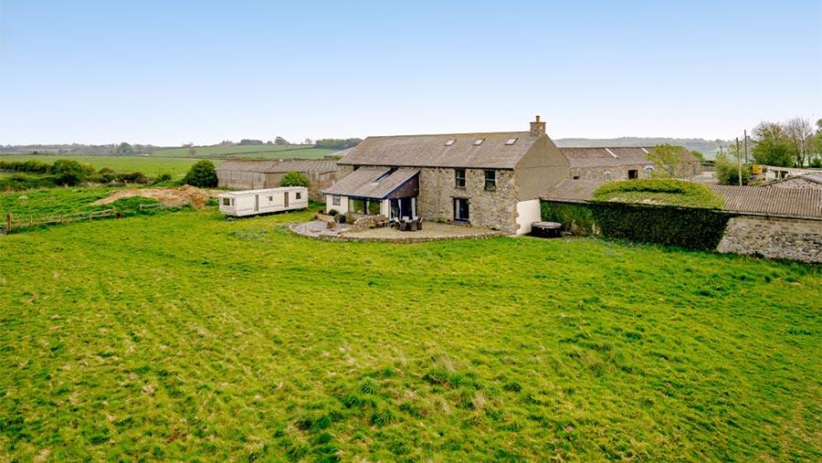 Llys Lew Farm