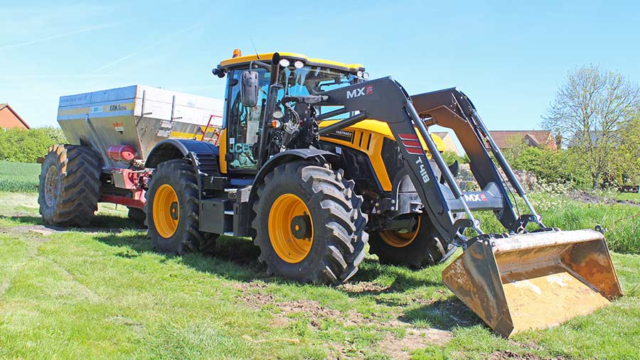 Mark Petty's Fastrac and MX T418 loader