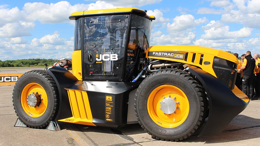 Side view of racing JCB Fastrac