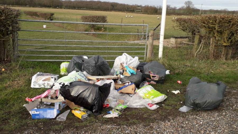 Waste fly-tipped in Criol Lane © Asford Borough Counci