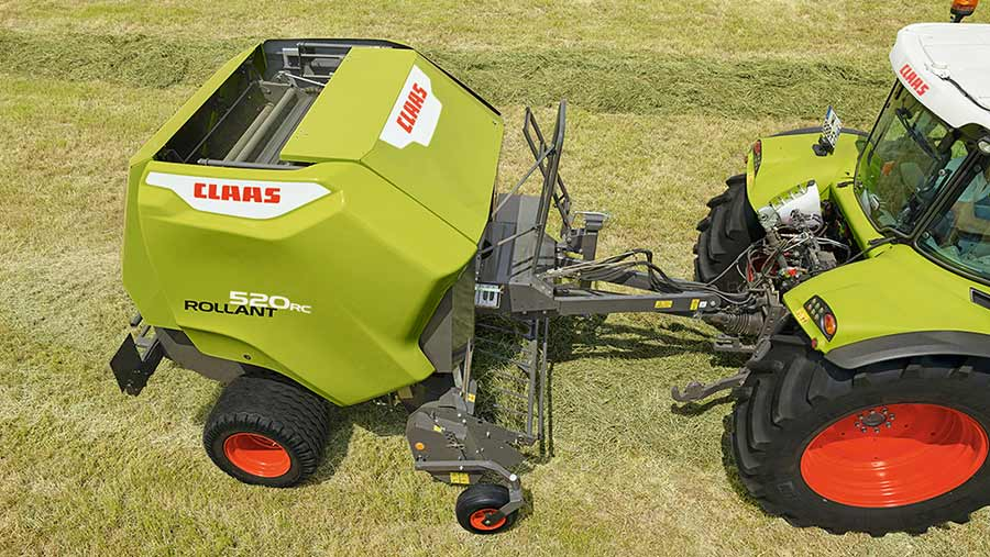 Claas Rollant 520 is a new entry-level baler with revamped steel roller construction © Remi Villaggi